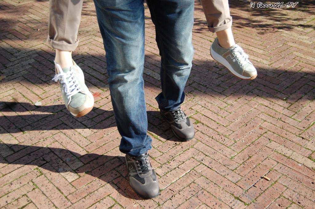 Scarpe insieme logo