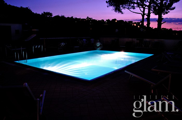 Cofanetto regalo Notte d'Incanto - Hotel Country House piscina esterna - Ischia - Regali Ideali