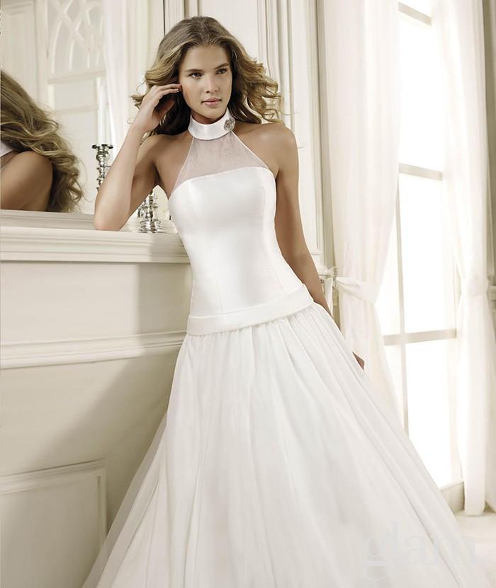 abito da sposa bustino stretto