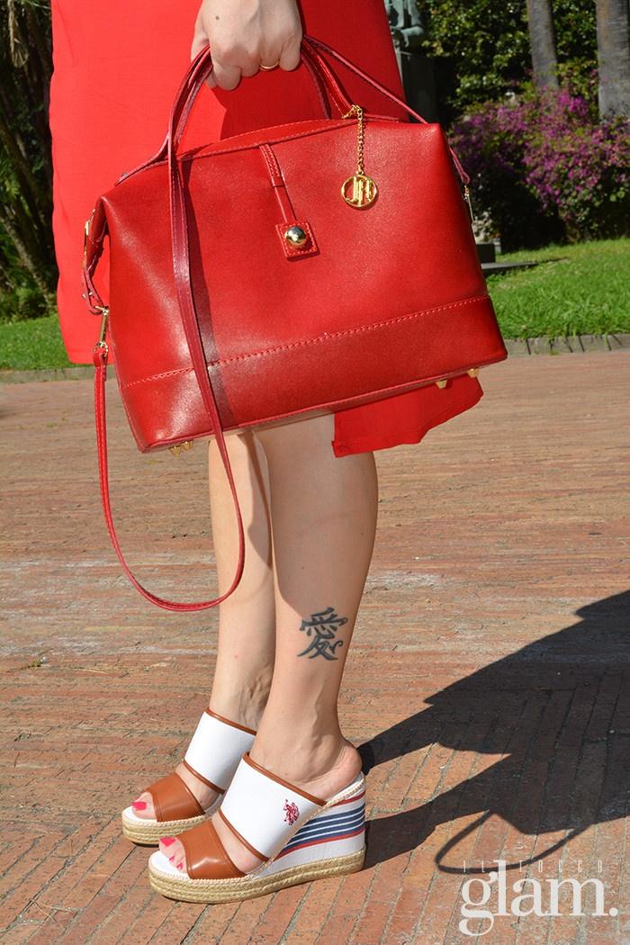 look rosso e bianco