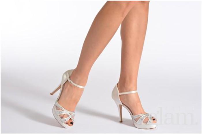 Scarpe Sposa Yoox.Acquisti Online Recensioni Sposamore Yoox Sarenza Il Tocco Glam